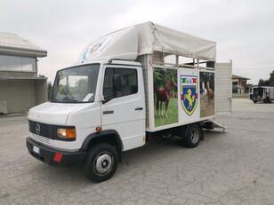 грузовик коневоз MERCEDES-BENZ 609 TRASPORTO CAVALLI