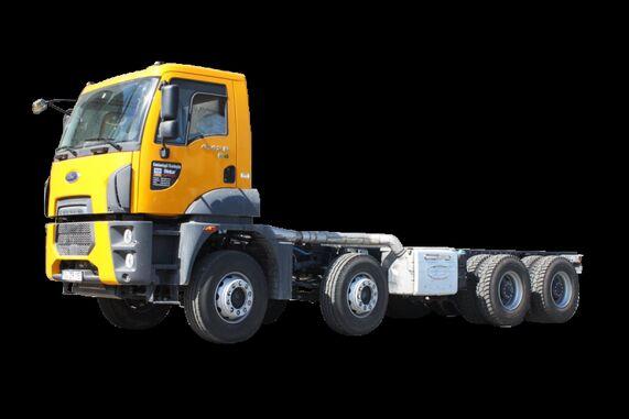 новый грузовик шасси FORD Trucks 4142