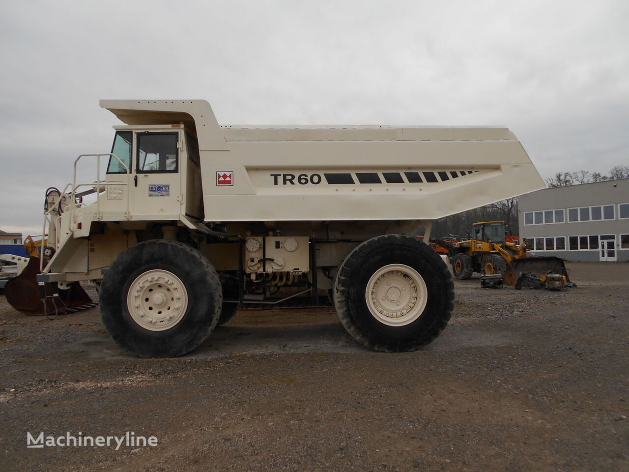 карьерный самосвал TEREX TR 60